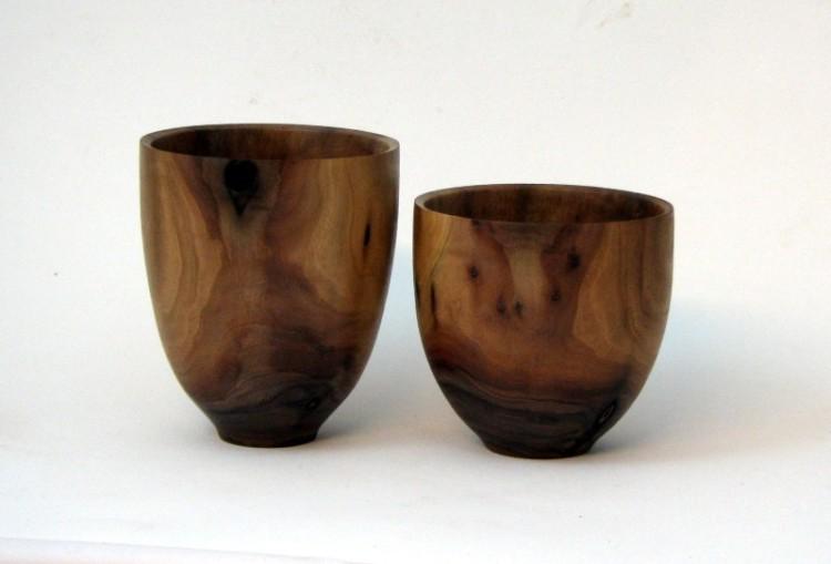 Walnut rice bowls